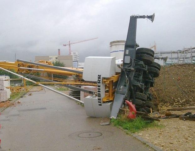 tower crane accidents october 2010. Black Bedroom Furniture Sets. Home Design Ideas