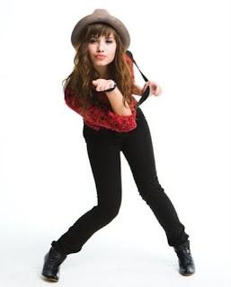 [Day 23] Biografi Demi Lovato