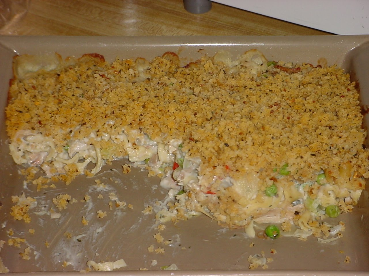 CRACKERBERRIES: Turkey Noodle Casserole