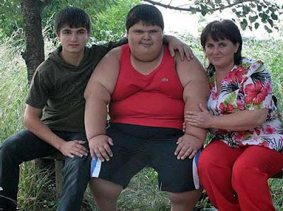 el niño mas gordo del mundo
