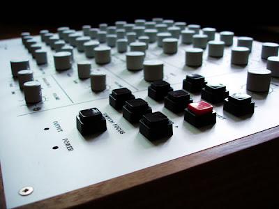 Meek FM Controller