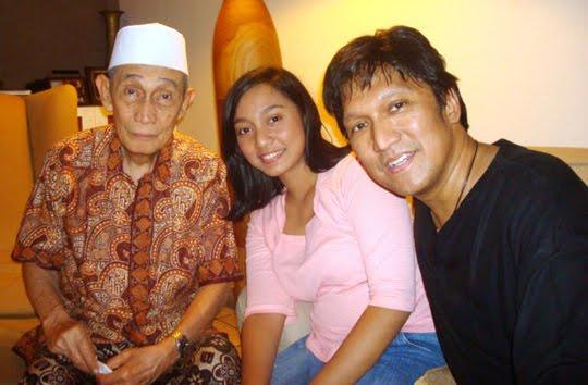 The Singing Ambassador Dato' Fawzi Abdulrani Inspirasiku