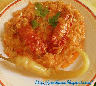 Articole culinare : varza cu orez si scarita afumata