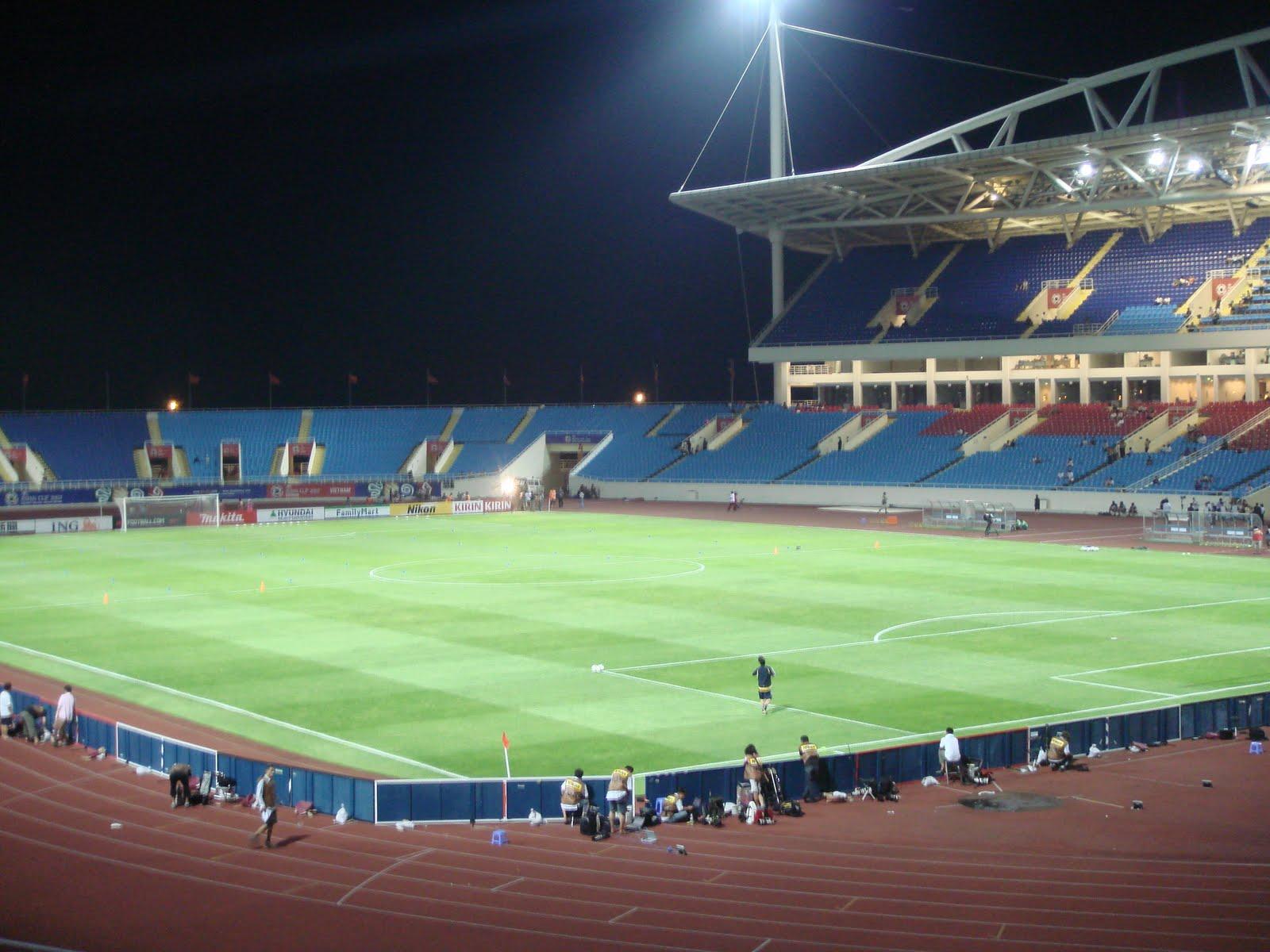 http://3.bp.blogspot.com/_gJMCSTp8SGs/S6rI29F3maI/AAAAAAAAC5s/yvABl3sqO0s/s1600/Vietnam_My_dinh-Stadium.jpg