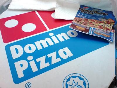 Dapat makan pizza nih kan best!!!~