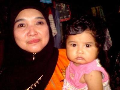 Cik Lina & Babynya Elleuzzia Karissa..