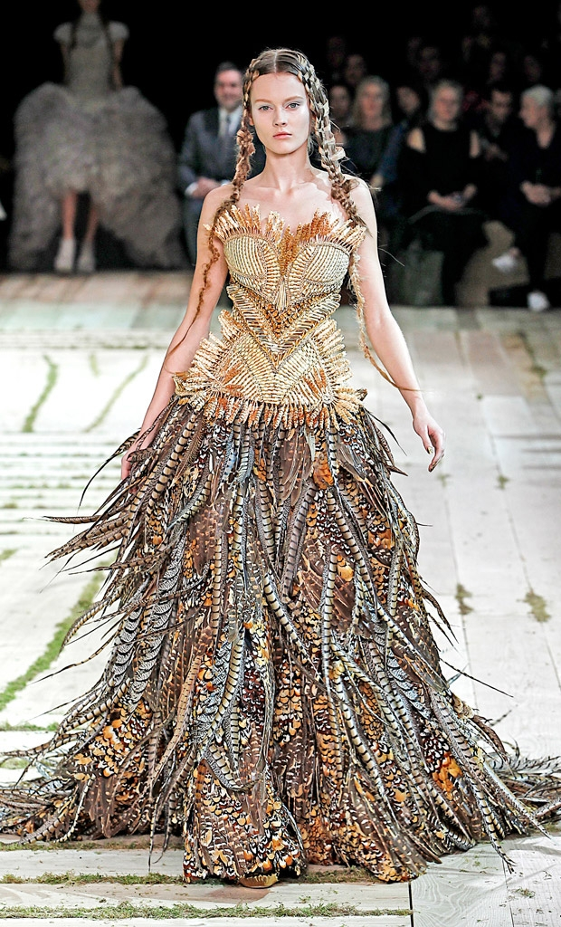 Bang Bang Fashion: Alexander McQueen SS11: One with Nature