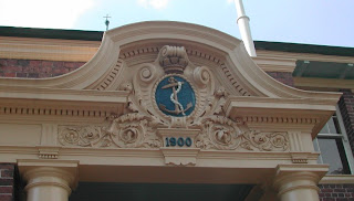 Naval Offices Pediment