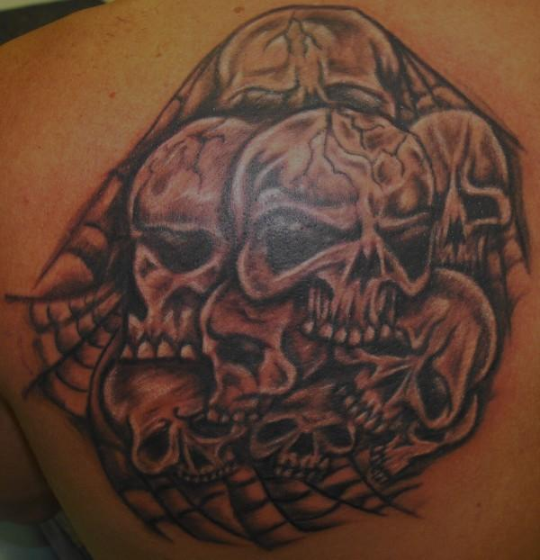 Labels: Skull Tattoo Art - Back Shoulder Tattoo