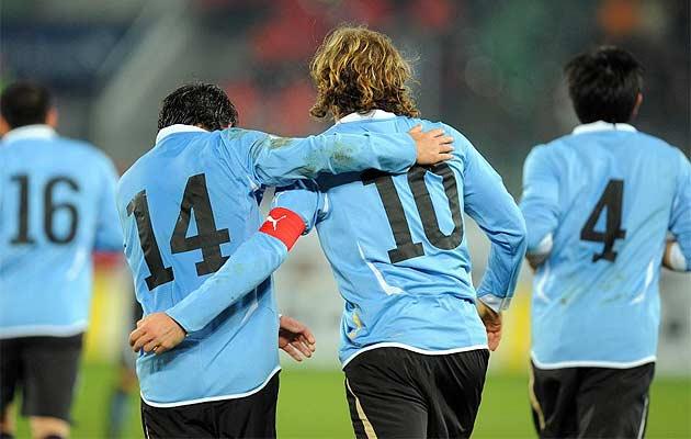 http://3.bp.blogspot.com/_gOHR9TFFcww/S8S0WPOwAoI/AAAAAAAAJ24/pyx5GAPU5XM/s1600/2010-uruguay-foto04.jpg