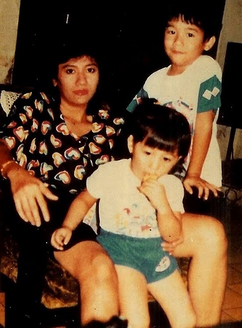 miyabi ikang fawzi, Christine Panjaitan dan 2 anaknya dirumah Ibunya di Tanah Abang 4 no 7, Jakpus