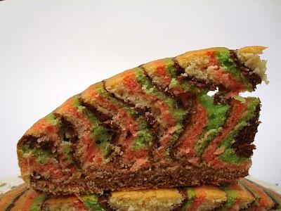 gâteaux multicolores du Carnaval DSC07280