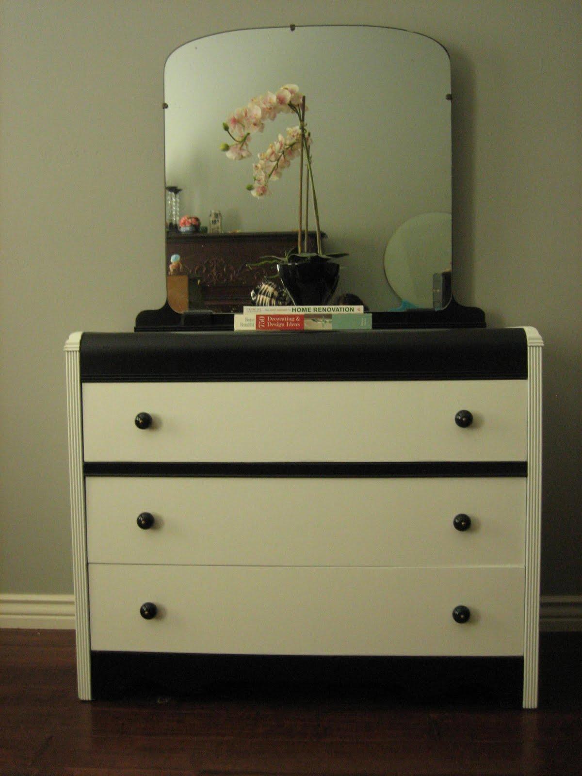 european paint finishes black white waterfall dresser w mirror. Black Bedroom Furniture Sets. Home Design Ideas
