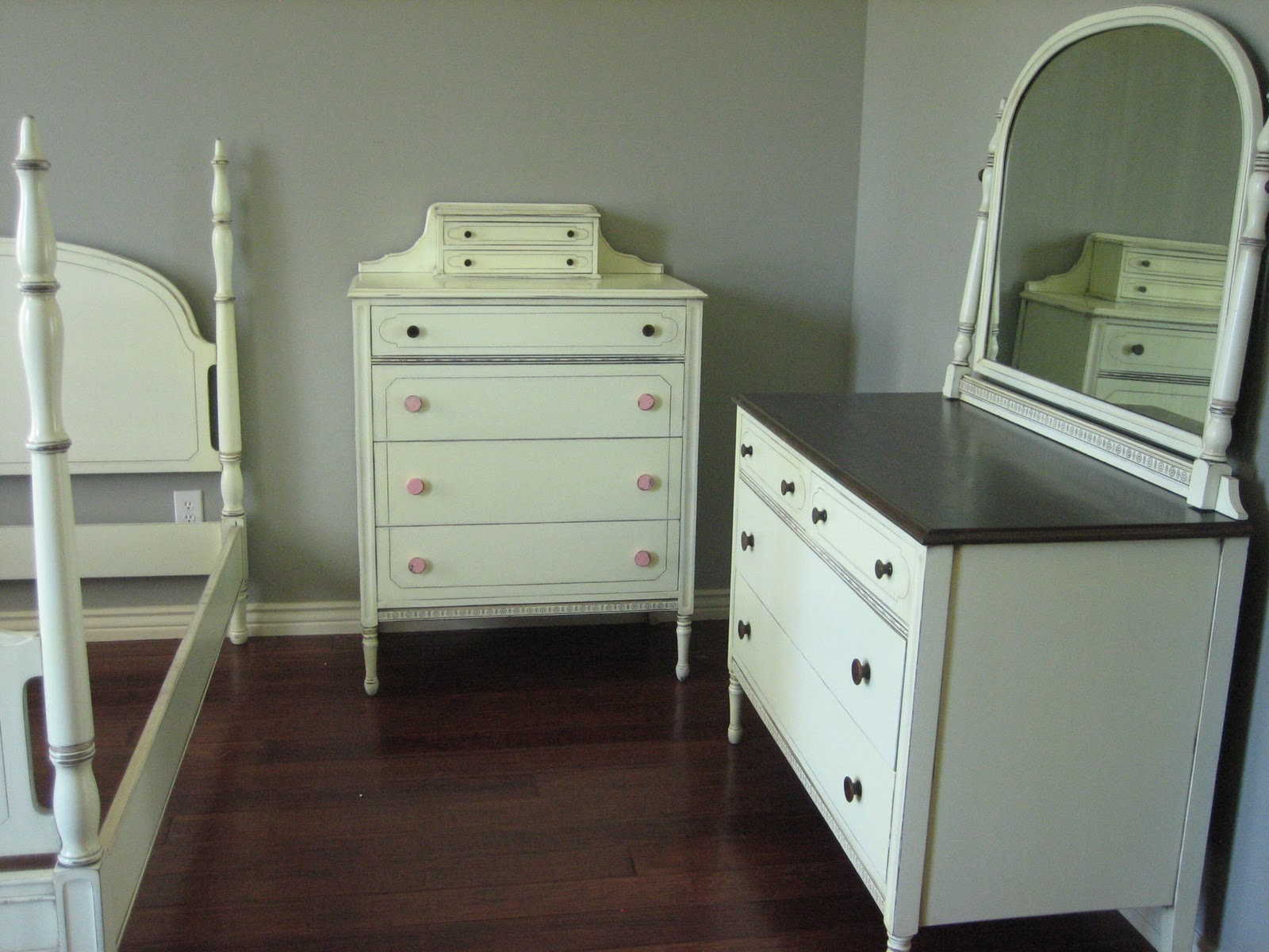 European Paint Finishes: ~ Antique White Bedroom Set ~