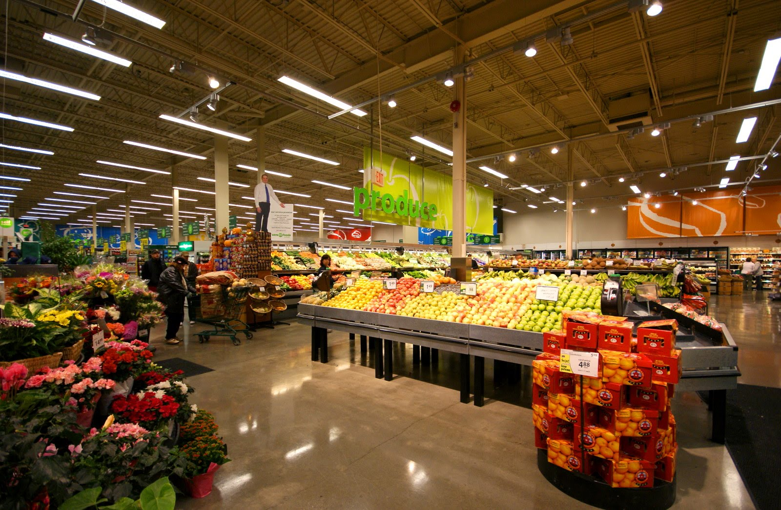 [DSC01936+supermarket+1.jpg]