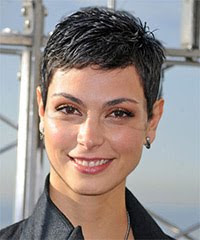 Morena Baccarin - Casual Short Wavy Hairstyles