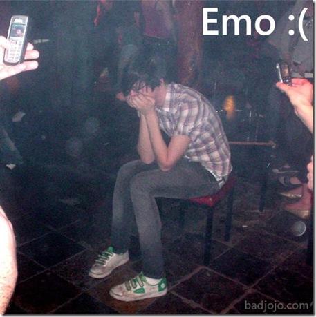 [Imagem: emo+chorando.jpg]