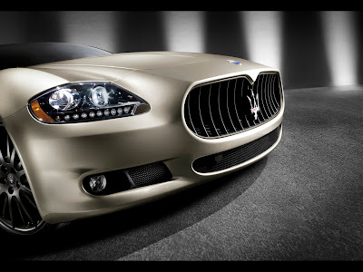 2011 Maserati Quattroporte Sport GT S Awards Edition - Front Section