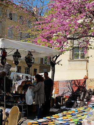 market day aix en provence