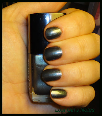 chanel black pearl nail polish