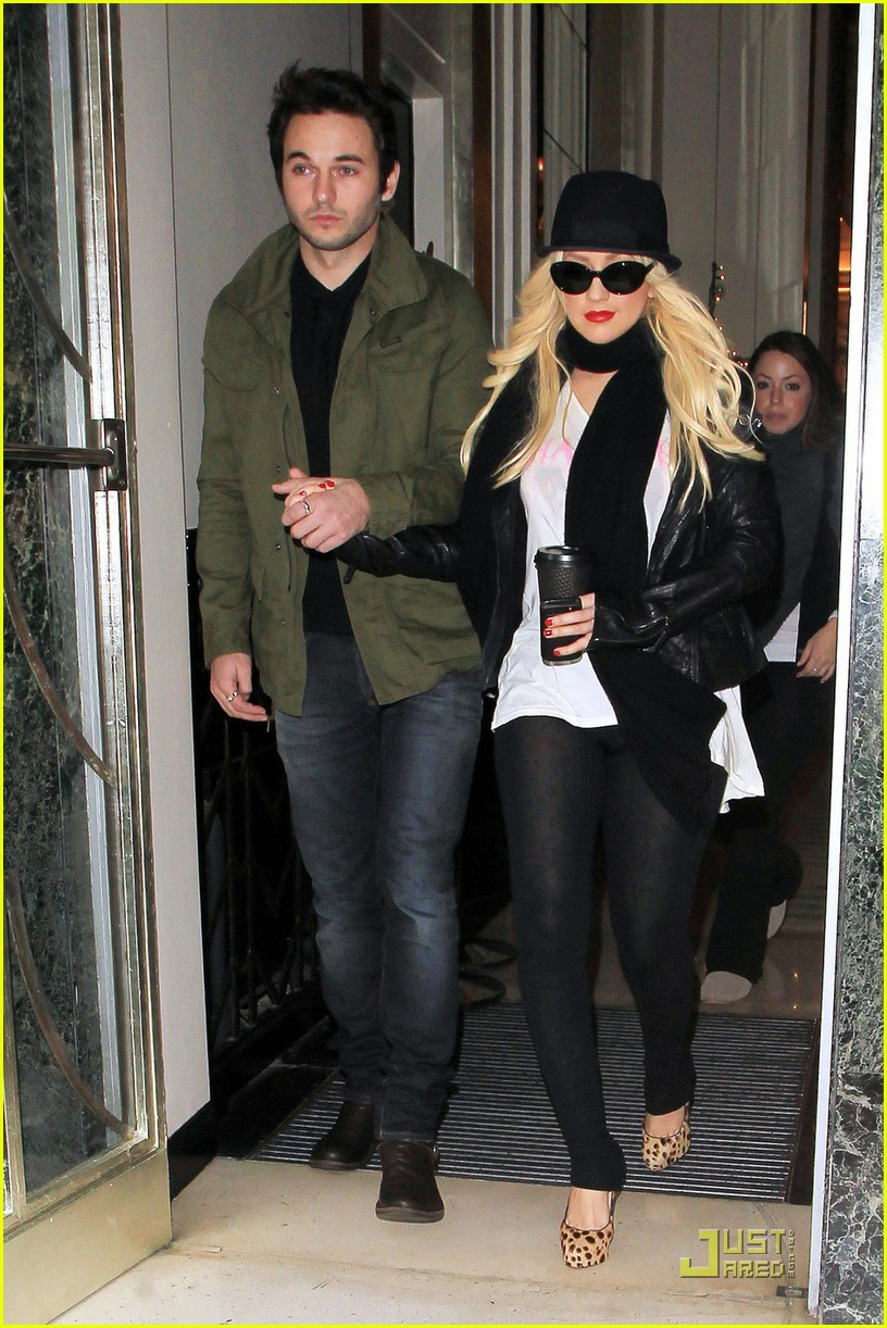 christina aguilera matt rutler london 01 ... while leaving their hotel on Saturday (December 11) in London, England.