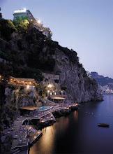 acantilado de la Costa Amalfitana