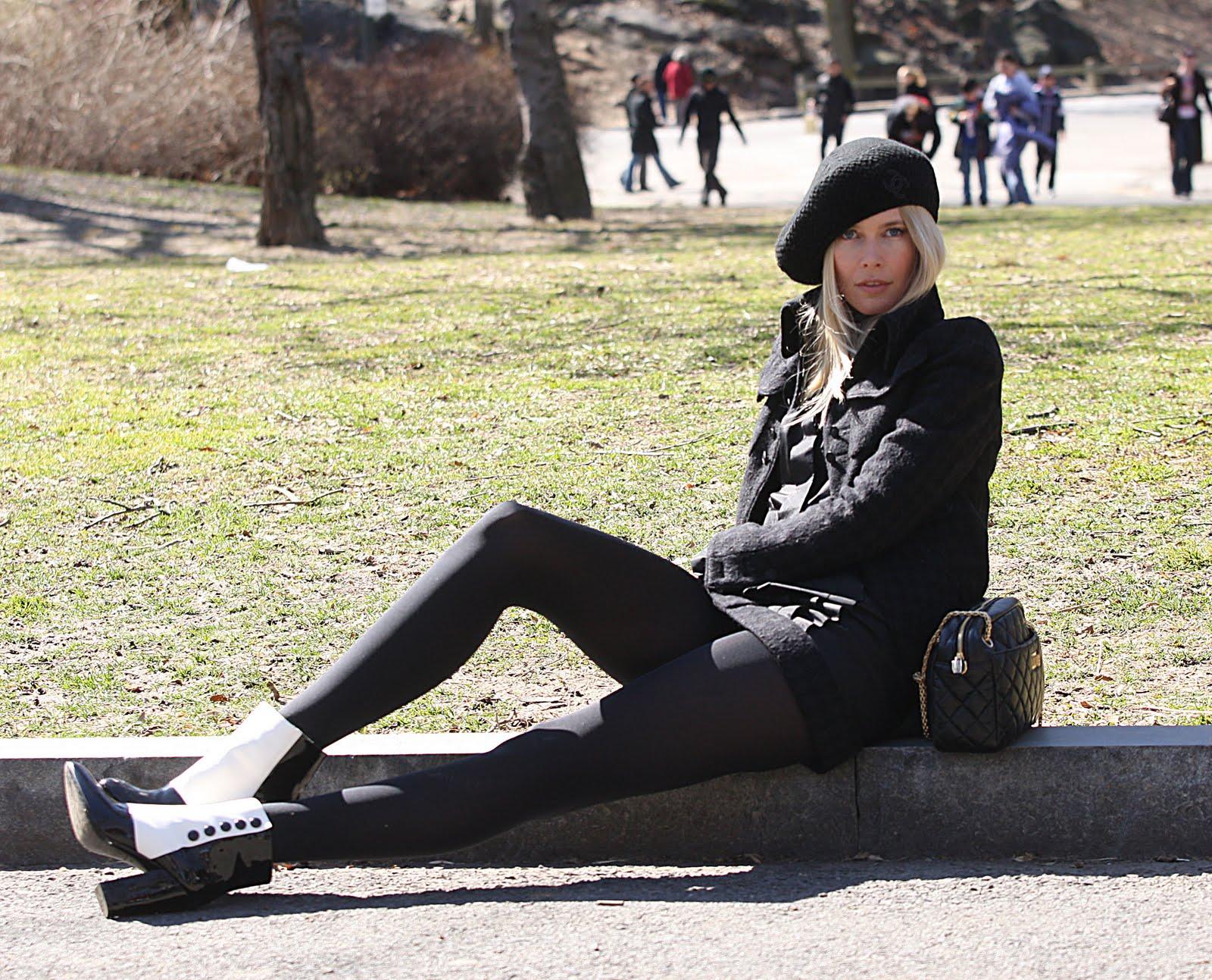 http://3.bp.blogspot.com/_gXWFiD0Ej0w/S8ClpvDiqqI/AAAAAAAAEMU/PcfJAIwaLEk/s1600/Claudia+26.jpg