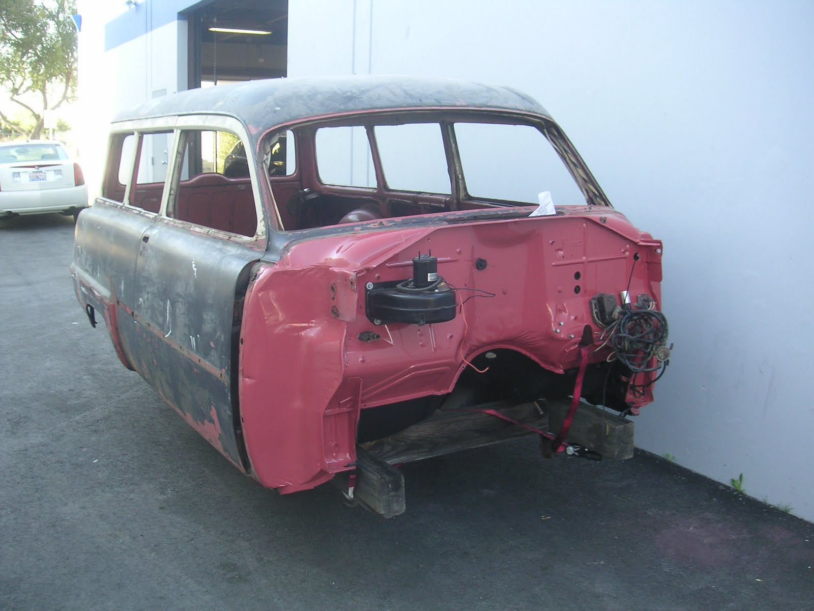 IMCDb.org: 1953 Peugeot 203