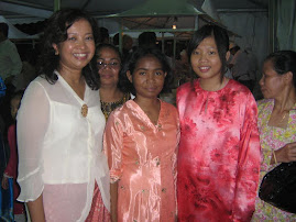 Datin Marina Mahatir with Melina and Hui Yee