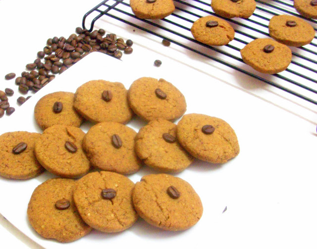 Cakes And More!: Eggless Coffee Walnut Cookies