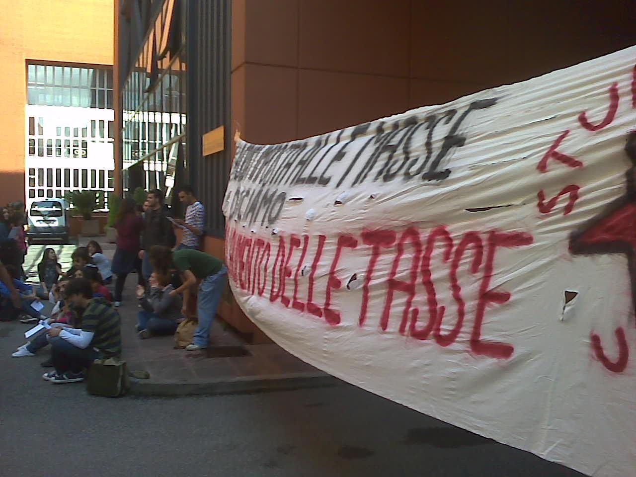 fatti al cubo protesta sulle tasse scadenza prorogata al