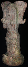 A FIGURATIVE CERAMIC GODDESS SCULPTURE