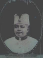 Raja Syed Hamzah adik kepada Syed Alwi dihalau British dari Perlis diganti dengan Harun(Syed Putra)