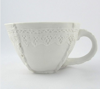 Round Lace Cup