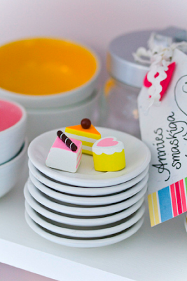 Miniature cakes by Craft & Creativity