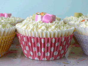 Strawberry dolly mix cupcakes by Torie Jayne