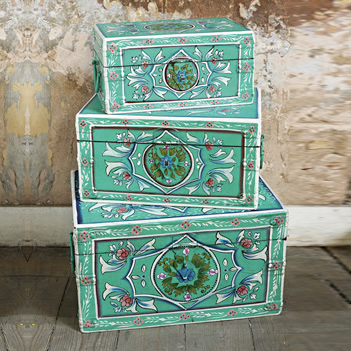 Bulgarian folk chests by Plumo
