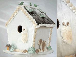 Winter Woodland gingerbread birdhouse by Torie Jayne