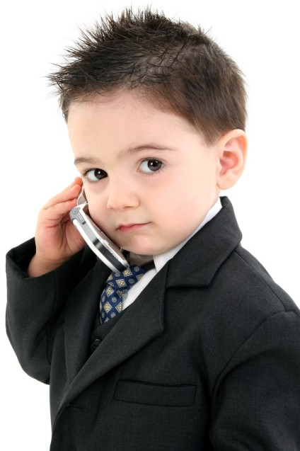 http://3.bp.blogspot.com/_gcr8rnEV1js/Slnn7p717CI/AAAAAAAABmg/-SvSDQoxNDw/s1600/smart-kid-on-the-phone.jpg