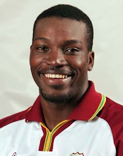 CHRIS Gayle :  one spot chris ball