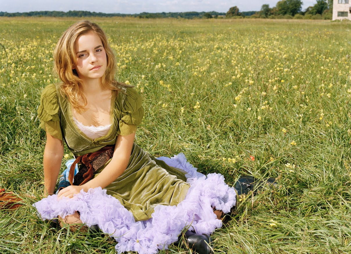 http://3.bp.blogspot.com/_gdq4UJnJW5E/S8bG5Q-tSaI/AAAAAAAABjE/wEYbIEwA_Oc/s1600/Emma+Watson+11.jpg