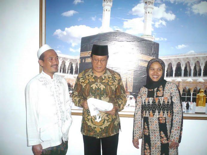Bersama Akbar Tanjung