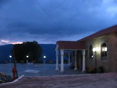 Νυχτερινή άποψη της  εκκλησίας μας