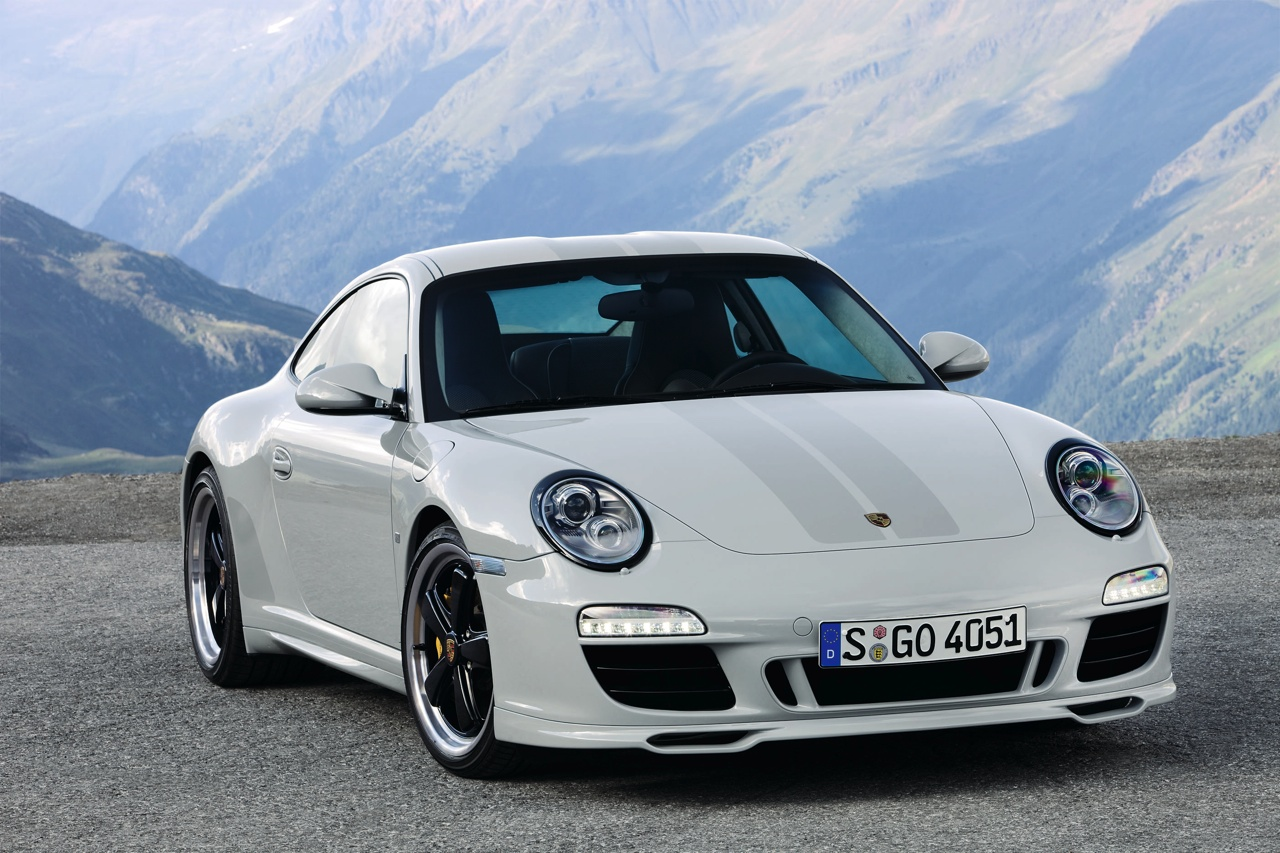 videos of the super cool 2010 Porsche 911 Sport Classic sports car