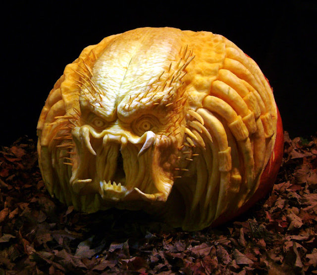 Cool Pumpkin Predator Cool Halloween Pumpkin Jack O Lanterns Designs Pictures Seen on www.VyperLook.com