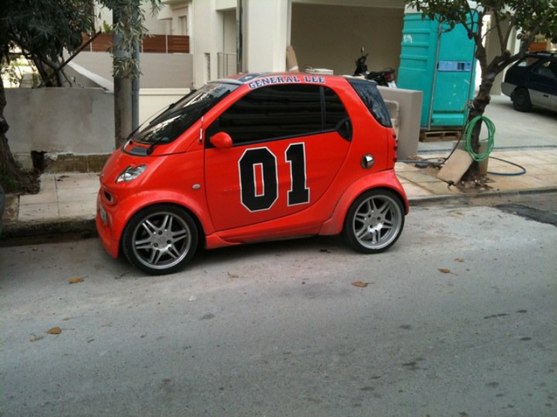 cool cars 2011. Spotted this cool smart car