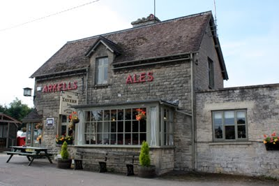 The Tavern Pub, Kemble
