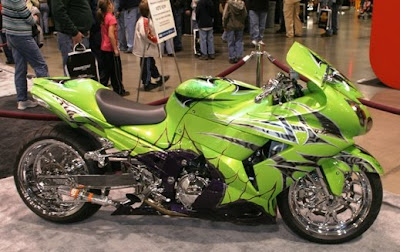 Kawasaki ZX 14 Green Full Tribal Airbrush Motosport