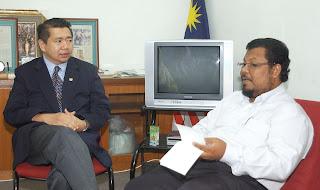 Jika pentingkan diri, PAS sudah lama berkerjasama dengan BN - Salahuddin Ayub