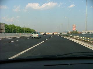 strade italiane limiti velocità assurdi